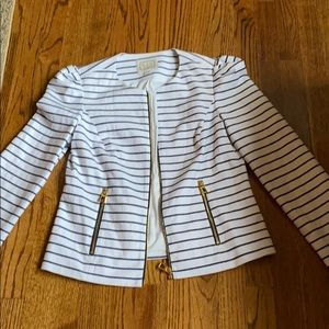Sail to stable small jacket